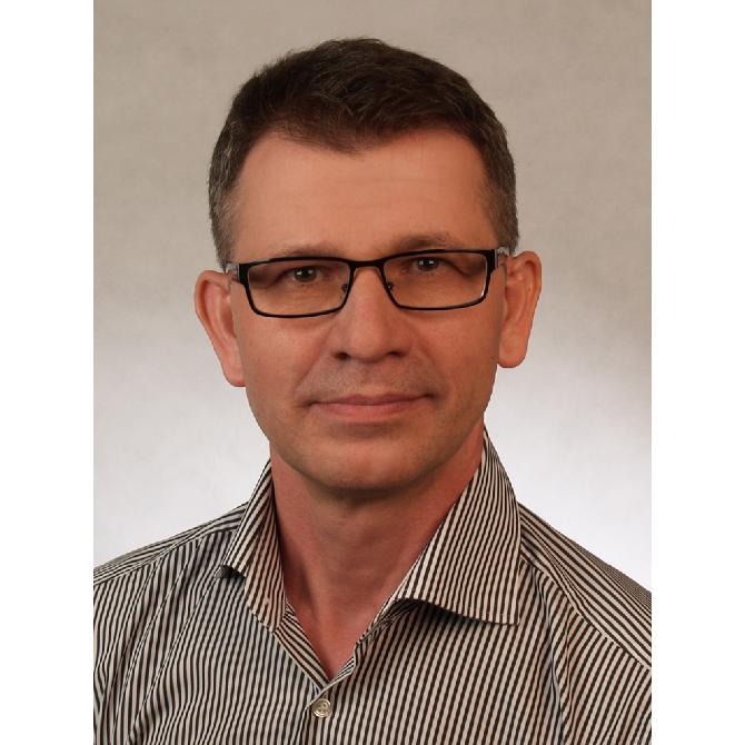 Dr. Asir KopicFA für Innere Medizin, int. Onkologie, Hämatologie, GastroenterologieLebenslauf